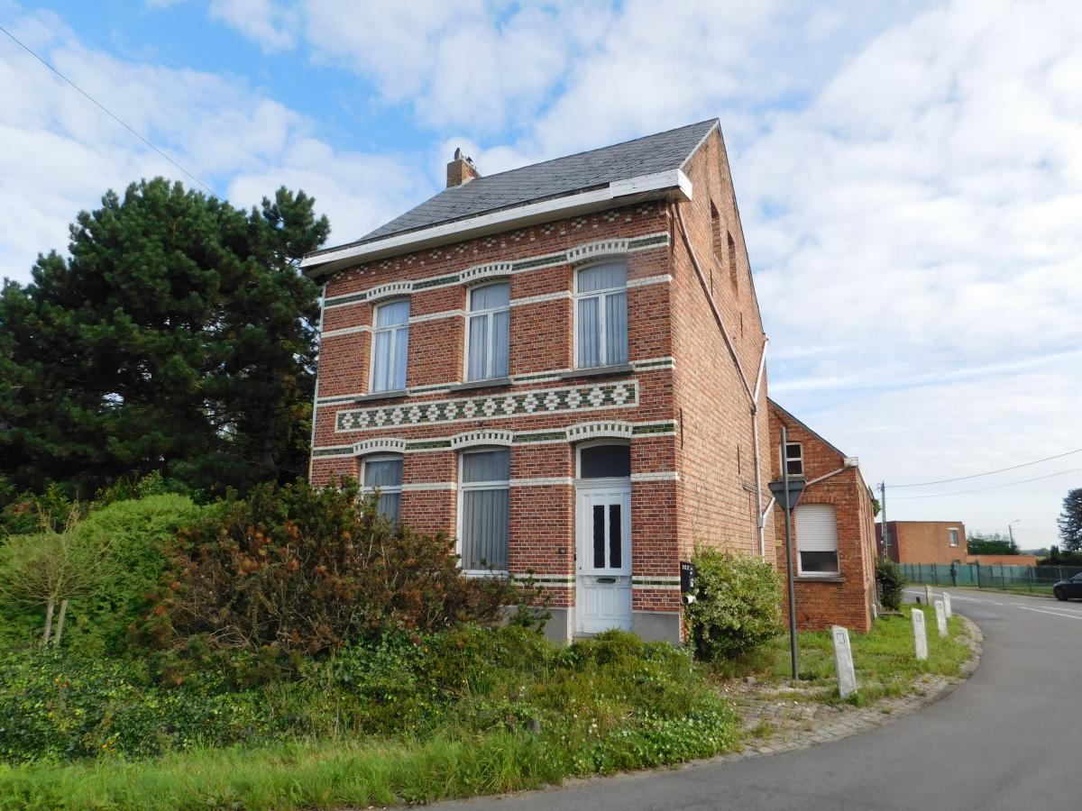 Dupont vastgoed berlaar woning ruime woning die for Te huur huis in antwerpen